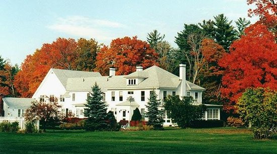 Greenwood Manor Inn: fall