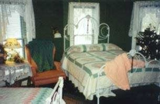Photo of Morton Street Bed and Breakfast Shipshewana