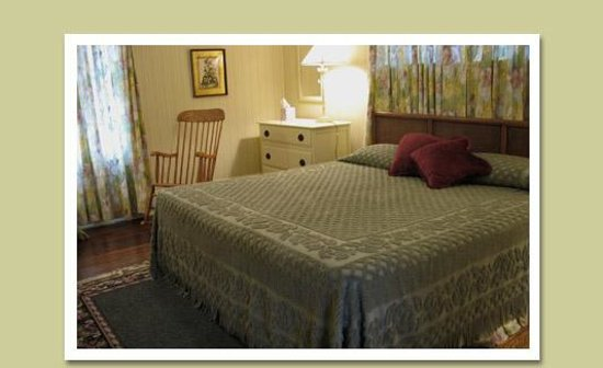 Vine Cottage Inn: Room 15