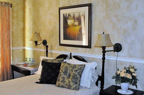 McConnell Inn Image