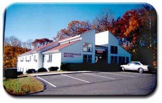 Riverdale Motel (Portland, CT) - Motel Reviews - TripAdvisor