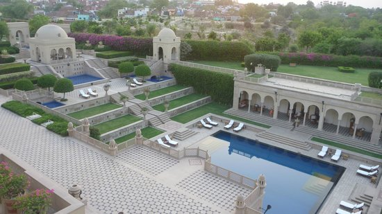 The Oberoi Amarvilas:                   8