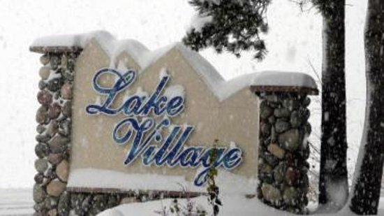 Lake Village Vacation Condos Photo
