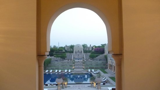 The Oberoi Amarvilas:                   5