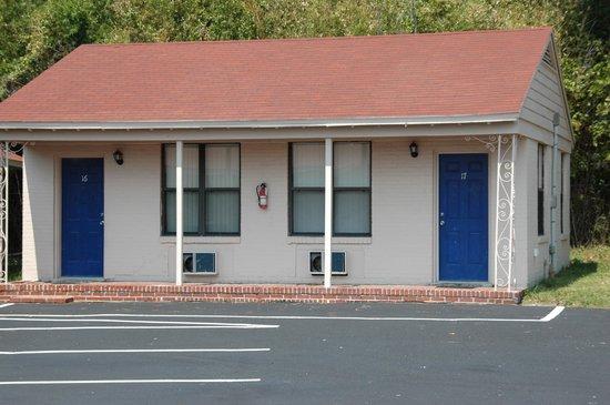 Photo of Economy Inn Jacksonville