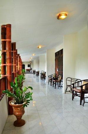 Sarinande Hotel: Lobby 1