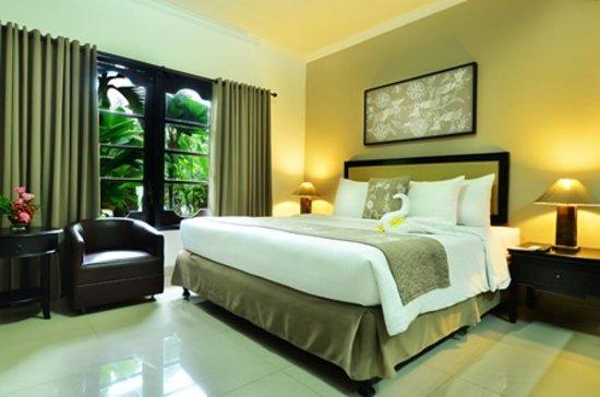 Photo of Sarinande Hotel Seminyak