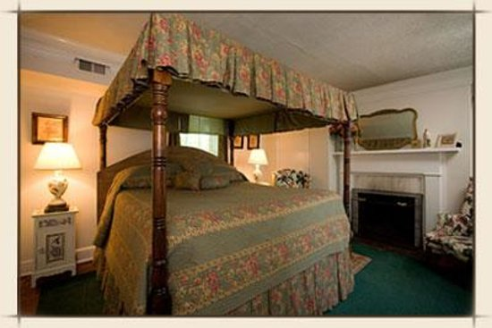 Middleburg Inn and Guest Suites Photo