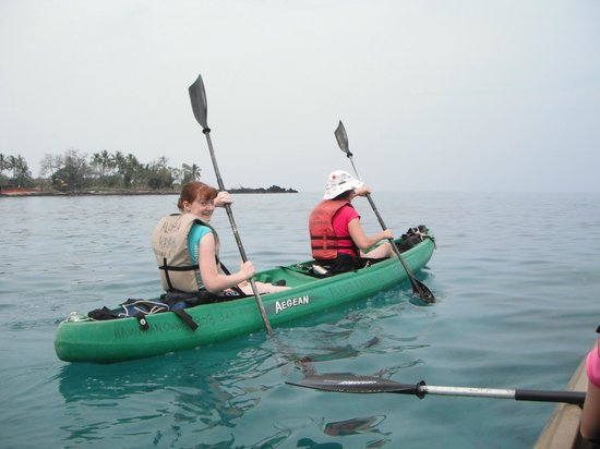 Kealakekua Bay:                   This is the only time the oars were in sync