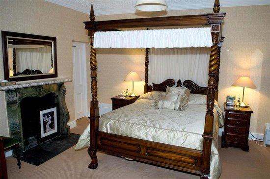 Photo of Ballykealey Manor Hotel Ballon
