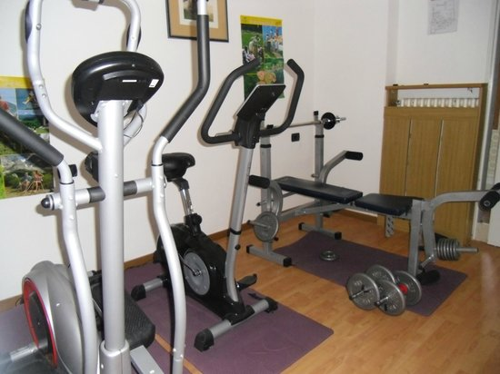 Albergo Antico:                   In case X-country and slopes are not enough to keep you fit...