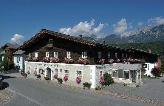 Hotel Gasthof Reiter im Sommer