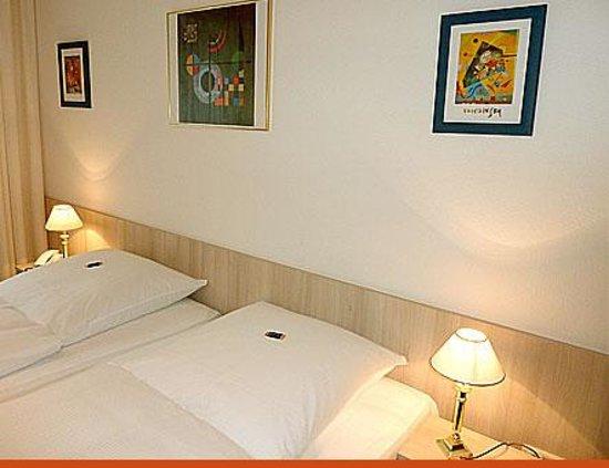 hotel occam bewertungen fotos preisvergleich m nchen deutschland. Black Bedroom Furniture Sets. Home Design Ideas