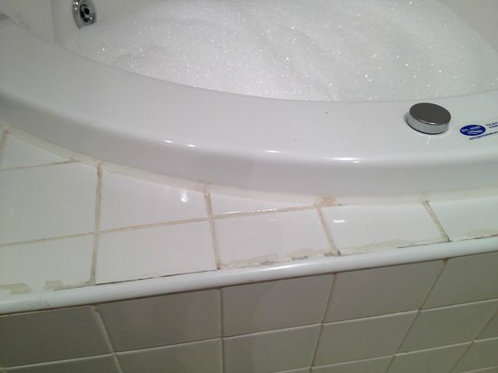 Hotel Causeway:                                     poor sealant around spa bath