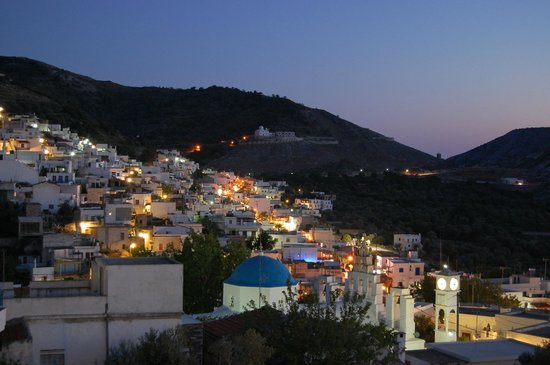 Cave of Zeus:                   Filoti Village at night