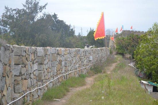 Chongwu Ancient Town :                                     Walls of Chongwu