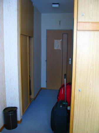Hotel Atlas:                   Entrada