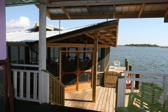 Apalachicola River Inn: Our River Gazebo for enjoying an early breakfast