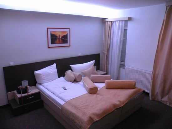 Hotel Kriva Cuprija II: Room