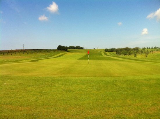 Staining Lodge Golf Course : 11th green