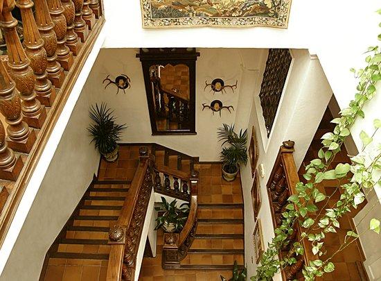 Hotel San Gabriel: Hall