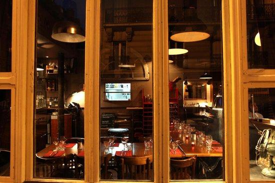De l 39 ext rieur view from the outside picture of le for Bar exterieur paris