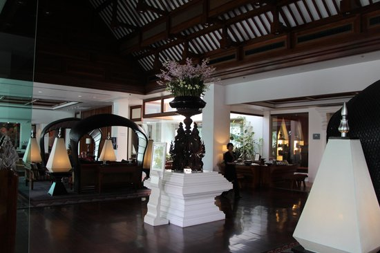 Ratilanna Riverside Spa Resort Chiang Mai:                   Reception/lobby area