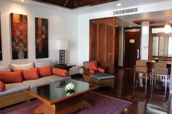 Ratilanna Riverside Spa Resort Chiang Mai:                   Loungeroom