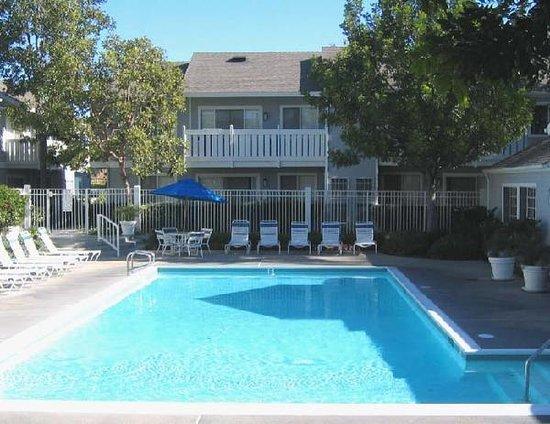 Photo of Oakwood At Hampton Point Anaheim