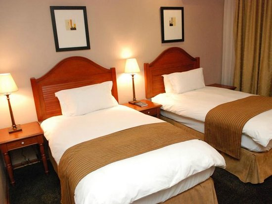 Protea Hotel by Marriott Harrismith Montrose : Twin Room