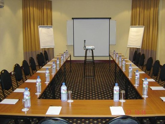 Oakwood Park Hotel: Conference U-Shape