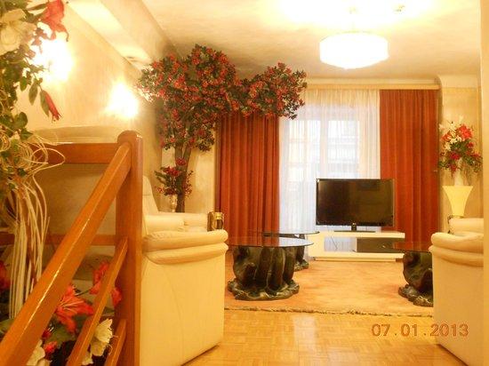 Hotel Schweizerhof:                   Lobby