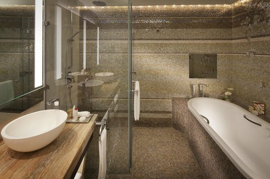 Jumeirah Beach Hotel: Family Garden Suite Bathroom