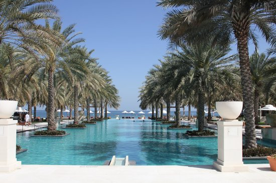 Al Bustan Palace, A Ritz-Carlton Hotel:                   View from breakfast
