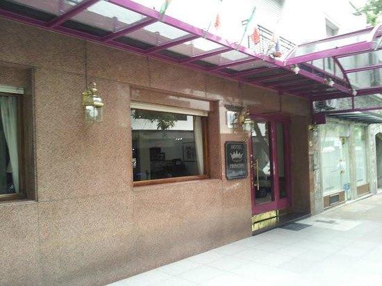 Hotel Principe: Frente