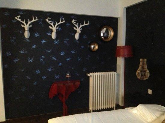 Hotel Mademoiselle:                   Room 6