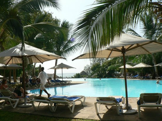 Baobab Beach Resort & Spa:                   Pool area