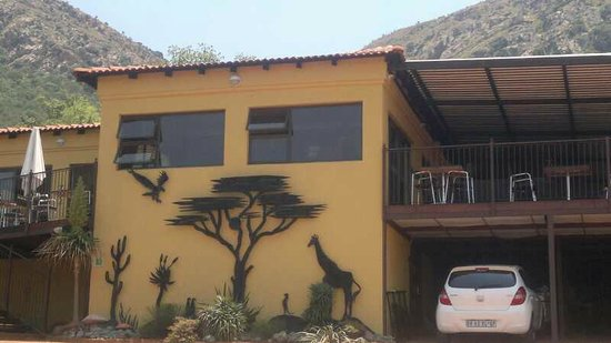 Magalies Mountain Lodge