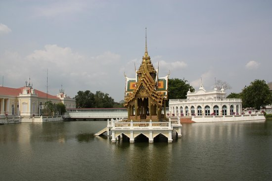 Novotel Bangkok Fenix Silom:                   palazzo reale