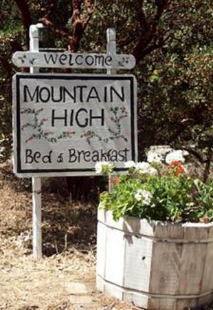 Mountain High Bed and Breakfast Photo