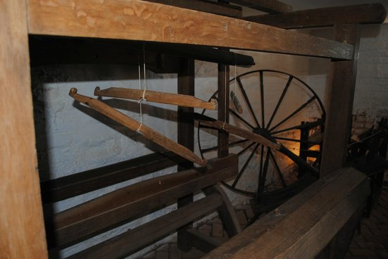 James Monroe's Highland:                   Spinning room