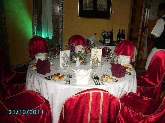 Hotel Mehari Hammamet:                   salle restaurant pour repas noël (l' andalou)