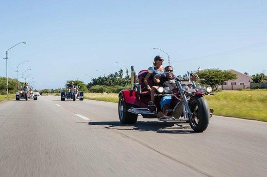 Trikes Aruba on tour - the wind through your hair