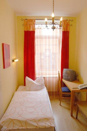 Photo of Hotel Im Kupferkessel Cologne