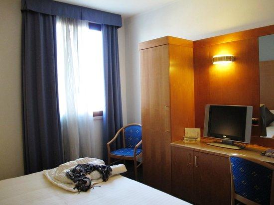 UNAWAY Hotel Occhiobello :                   Camera