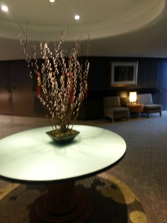 Pan Pacific Singapore:                   flower