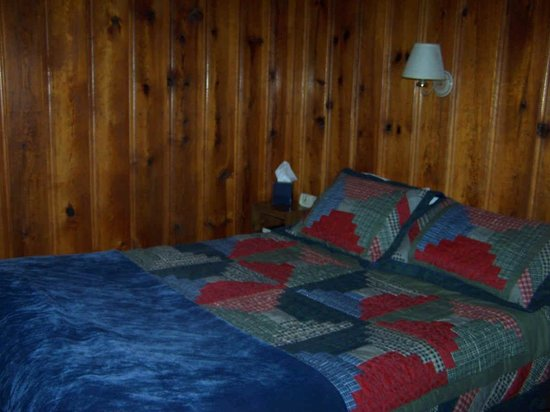 The Cabins at Cloudcroft Image
