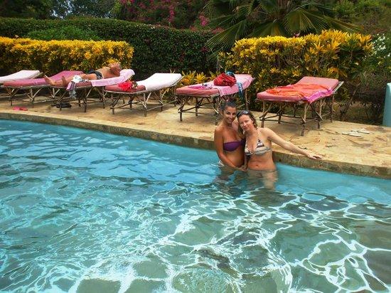 Kenga Giama Resort:                   il giardino del resort