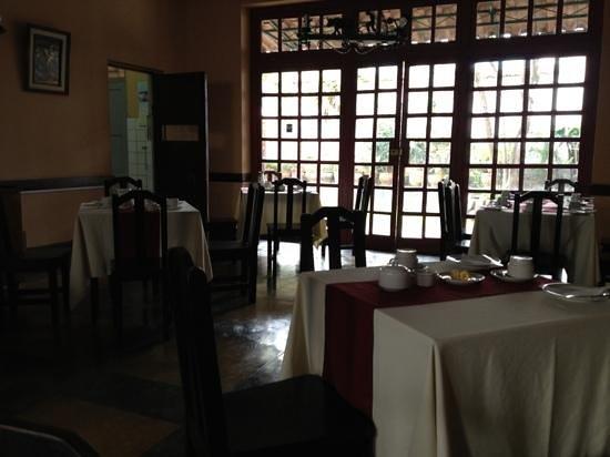 Hotel Turistas:                   comedor
