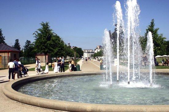 ibis Alençon: Parc des Promenades